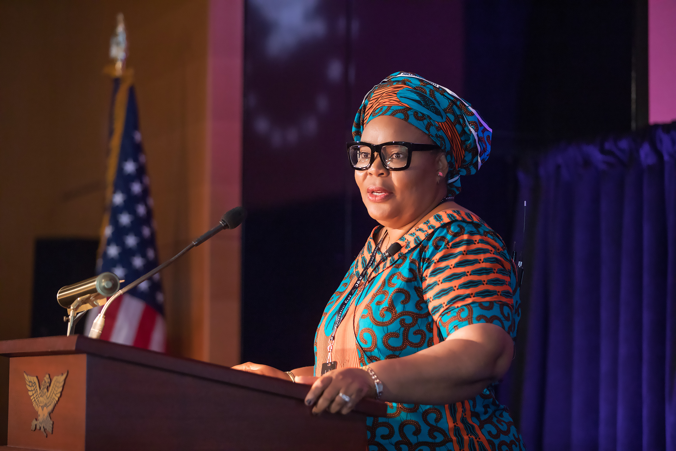 Leymah Gbowee of Liberia, the recipient of the Nobel Peace Prize, addresses Academy delegates and members at the Summit. Photo credit: American Academy of Achievement.