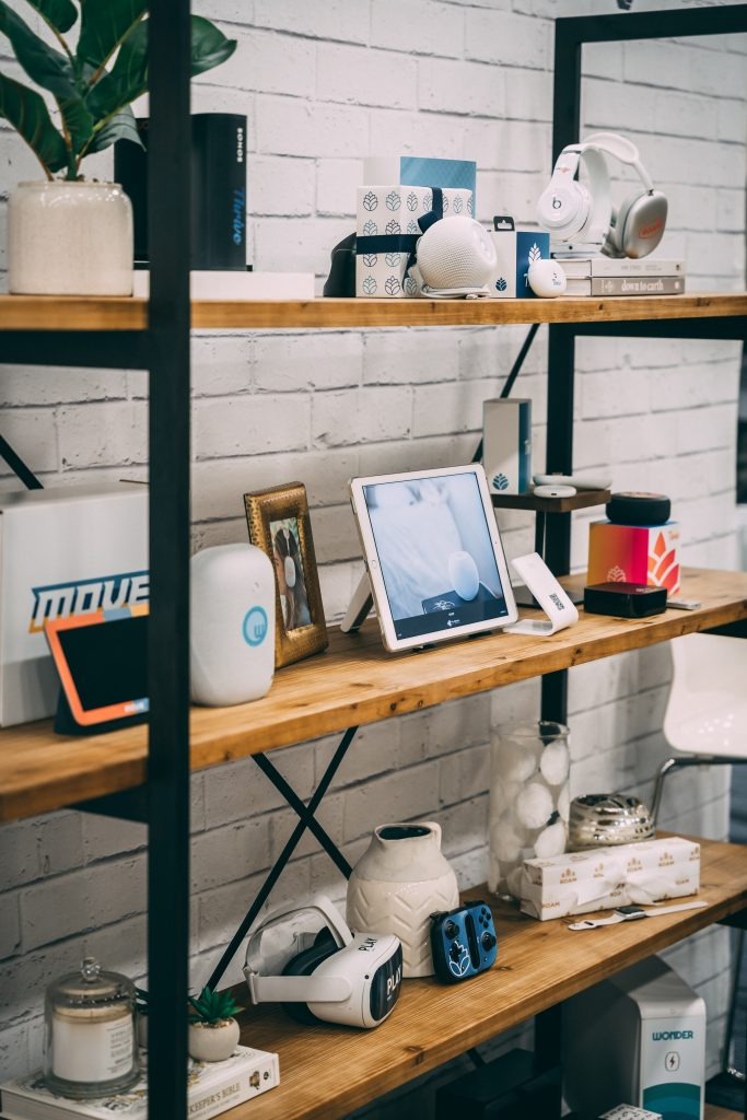 FUSION OF IDEAS featured the latest high-tech products for the 2021 holiday gifting season.